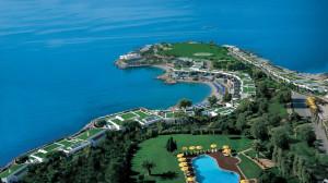 Grand Resort Lagonissi самый дорогой отель