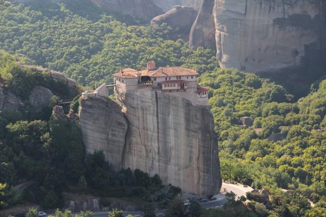 Монастырь Айос-Триадос