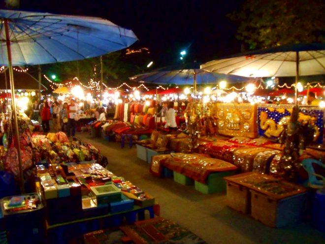 Ночной рынок в Чиангмае1