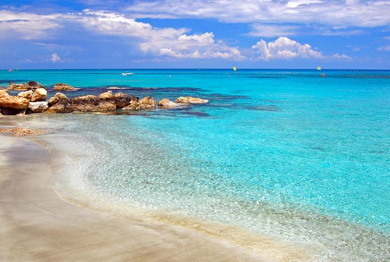 Песчаные пляжи пафоса кипр