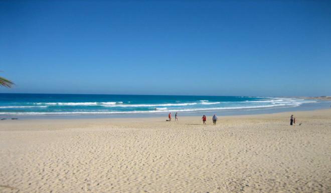 пляж Esquinzo Butihondo