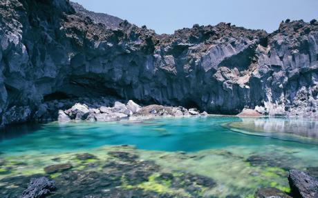 Скалистые берега острова Ла Пальма