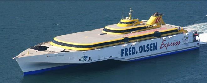 Тримаран компании Fred Olsen Express