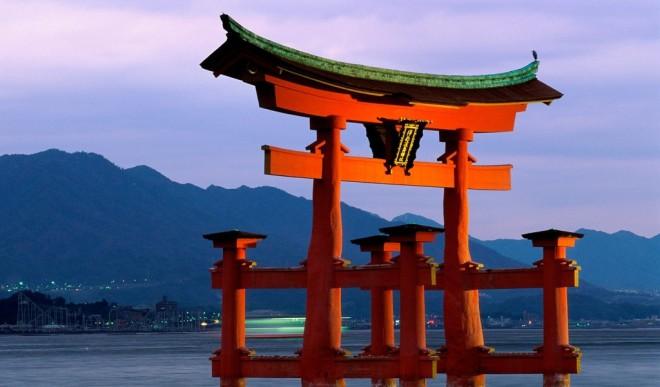 shinto-shrine-japan-20150514053538-5554342a4906d-m95juuql95v5z29r1nx8boee135douyzo4pefrekq8